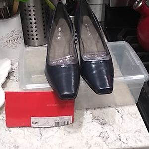 Aerosoles DARK BLUE Envy Mid-heel pump- 8 1/2 wide